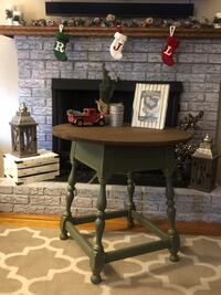 Ethan Allen refinished small table Brockton, 02301