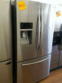 SAMSUNG SHOWCASE FRENCH DOOR REFRIGERATOR  Los Angeles, 91403