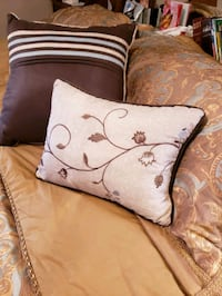 Throw pillows, individually $5or both for $8 Asheboro, 27203