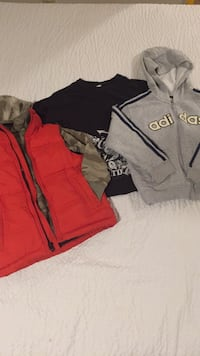 Gap kids winter vest&2 hoodies size 7 Gainesville, 20155