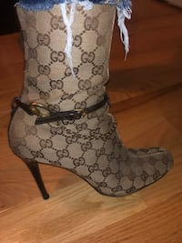 Gucci boots Upton, 01568