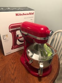 RED 6 Cuart Bowl-lift Stand Mixer