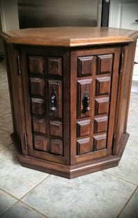 SOLID WOOD OCTAGON NIGHT STAND/CABINET