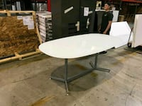 High end 3/4 thick glass  whiteoval top table .... 4x7 Fallston, 21047