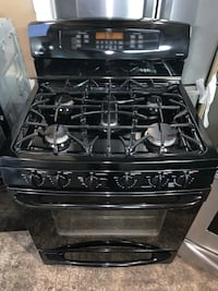 GE 5 burner gas range very clean working perfectly with 4 months warranty Baltimore, 21223