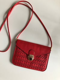 New red small crossbody bag  Toronto, M4P 1N7