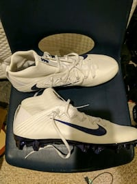 Brand new football cleats Leesburg, 20176