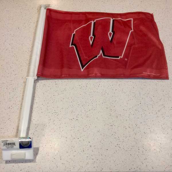 NCAA Wisconsin Badgers Car Flag