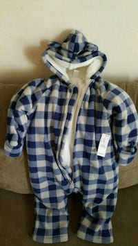 blue and white plaid button-up shirt Mississauga, L5N 0C5