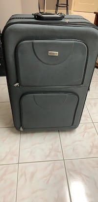Two identical large suitcases on two wheels   Brampton, L6R 1L4