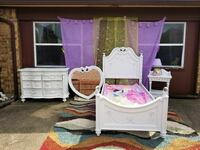 white and pink wooden vanity table 1147 mi
