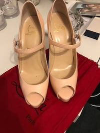 Christian Louboutin Mary Jane Pumps Vaughan, L4L 1A7