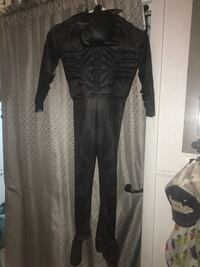 Halloween costume Black Batman suit and mask great condition