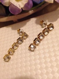 Rhinestone Earrings  Edmonton, T5W 5B7