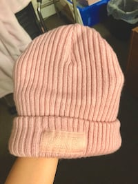 PINK beanie hat Waterloo, N2L 3E5