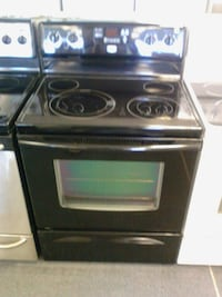 black and gray electric coil range oven Groesbeck, 45239