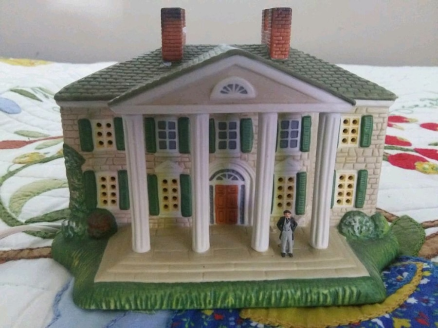 Photo Collectible Gone With The Wind lighted sculpture