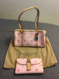 2-piece Dooney & Bourke leather bagset Sacramento, 95831