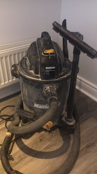 Black and gray wet and dry vacuum cleaner Toronto, M8W