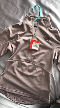 North Face Zip up St. Cloud