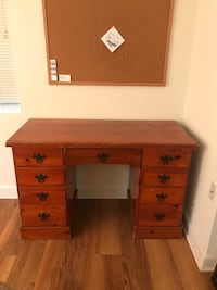 Desk with large drawers Alexandria, 22304