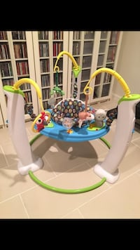 Baby's white and green jumperoo. Jumper Bouncer Milford, 01757