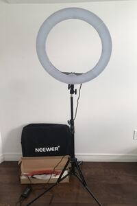 "Neewer 18"" Ring Light and stand kit with carrying bag Oakville, L6H 1Z7"