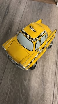 yellow Taxi diecast Richmond, V7E