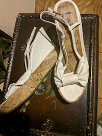 White Wedge Sandals-Size:6