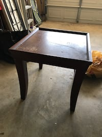 square brown wooden coffee table Southaven, 38671