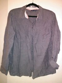 women's long sleeved collared button up Las Vegas, 89142