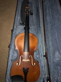 brown violin with bow and case Chandler, 85226