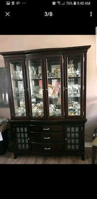 Dinning room table & touch light up china cabinet 507 km