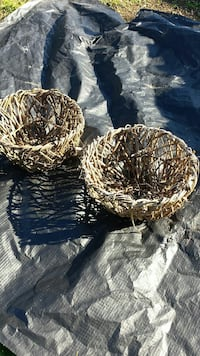 branch baskets perfect for Christmas  design decor
