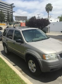 Ford - Escape - 2001 Los Angeles, 91364