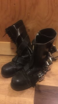 pair of black leather boots Red Deer, T4P 1X9