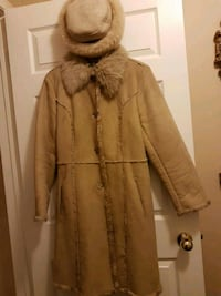 Imitation Shearling Coat with hat 559 km