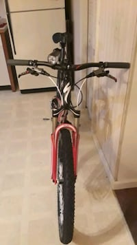 black and red hardtail mountain bike Cookeville, 38506