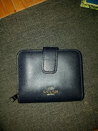 Coach wallet, dark blue with gold hardware Sacramento, 95816
