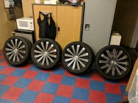 chrome multi-spoke car wheel with tire set 48 km