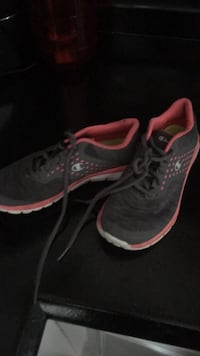 pair of black-and-red Nike running shoes Hamilton, L8V 1C2