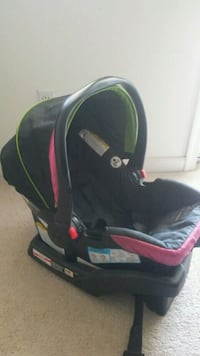 Graco ClickConnect Infant Carseat Frankford, 19945