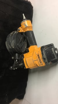 Bostitch roof Nail gun in excellent conditions Massapequa, 11758