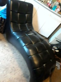 black leather tufted sofa chair Abbotsford, V2S 1W1