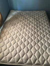 quilted white and gray floral mattress Fairfax, 22030