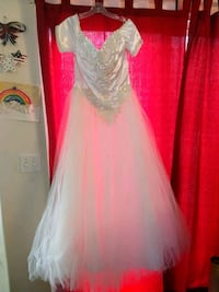 Wedding or Quinceanera Dress Dinuba, 93618