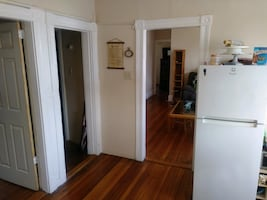 ROOM For rent 3BR 1BA