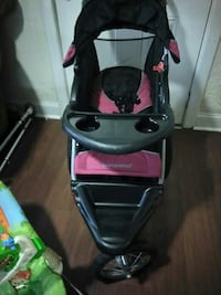 baby's black and pink jogging stroller Alexandria, 22305