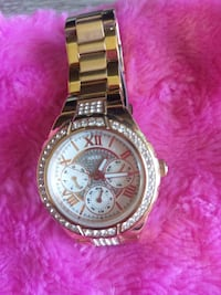 *Bitcoin Only/Free shipping* Guess Rose Gold Watch