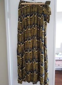 H&M Maxi Skirt with Pockets London